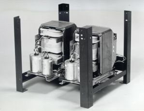 9415 014 17101 (PE1417/10) - Line Conditioner 220V/220V-3000VA